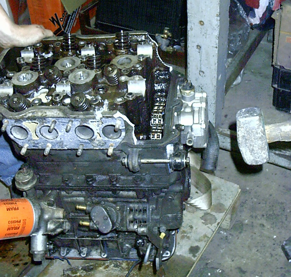 Cylinder Head Removal W126: Lancia Auto ® Desperate Measures: Removing A Fulvia